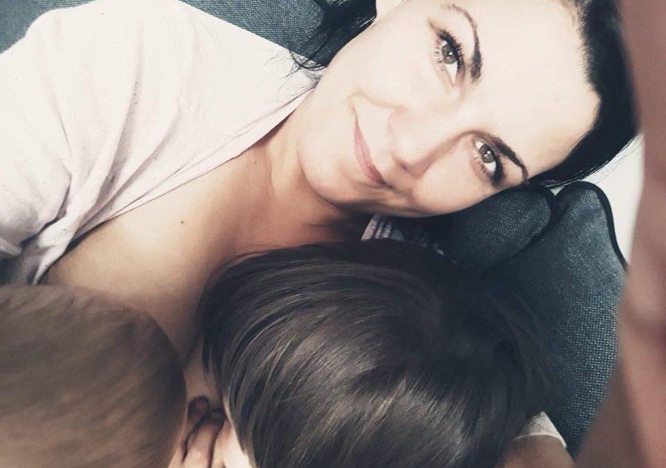Wasze historie #mamtemoc: początki karmienia gdy dziecko choruje.